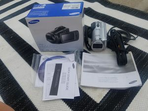 Samsung HMX-F80 video camera for Sale in Franklin, IN