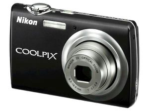 Nikon Coolpix S220 10MP Digital Camera with 3x Optical Zoom and 2.5in LCD for Sale in Ashburn, VA