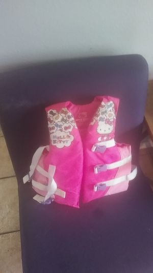 Hello kitty youth life jacket.50-90lbs for Sale in Fort Worth, TX