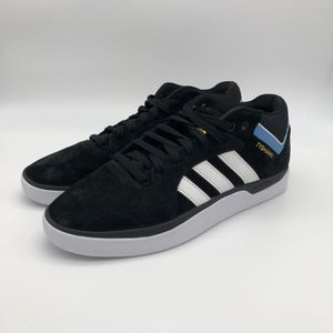 adidas Skateboarding Tyshawn Black Suede Skate Shoe Size US 10 for Sale in Fort Leonard Wood, MO