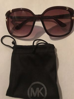 Micheal kors new authentic sunglasses pick up in Montebello 8-1 for Sale in Commerce, CA