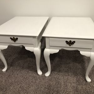 BEAUTIFUL WHITE SIDE TABLES (SET OF 2) for Sale in Herndon, VA