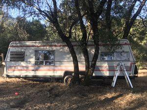 AlumaLite Camper for Sale in Somerset, CA
