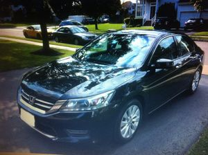 **SINGLE OWNER**Really Beautiful Black Pearl SEDAN V6 Clean Title for Sale in Columbus, OH