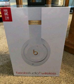 New Beats Studio 3Wireless Headphones White for Sale in Stockton, CA