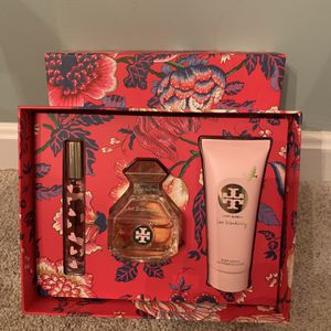 Tory Burch Perfume Gift Set for Sale in Woodbridge, VA