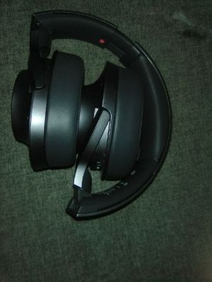 Sony WH-H900N/BM h.ear on 2 Bluetooth Wireless Noise Canceling Over-Ear Headphone no low ballers for Sale in Auburn, WA