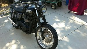 2013 Triumph Bonneville T100 customize Street Fighter for Sale in Los Angeles, CA