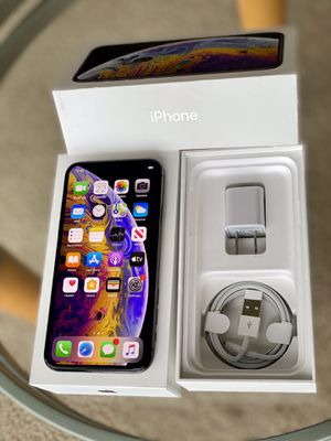 iPhone XS Factory unlock 256GB Black like new condition for Sale in Glenview, IL