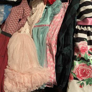 Lot 3t Girl Clothes for Sale in Los Angeles, CA