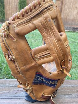 Roger Maris 1960s Spalding Personal Model 42-212 Baseball Glove for Sale in Kenmore,  WA