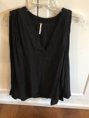 Free People Shirt - Size Large for Sale in Phoenix, AZ