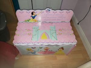 Baúl de princesas for Sale in Medley, FL
