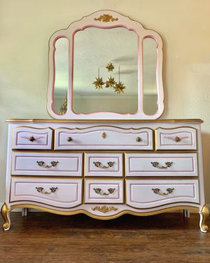 Vintage pink and gold French provincial dresser with mirror for Sale in Costa Mesa, CA