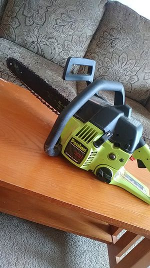 Poulan chainsaw for Sale in Columbus, OH