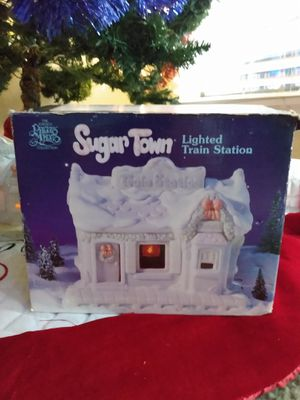 Sugartown lighted train precious moments for Sale in Rockwall, TX