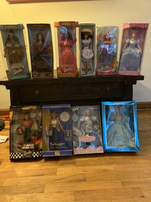 10 Collector Dolls for Sale in Arlington, WA