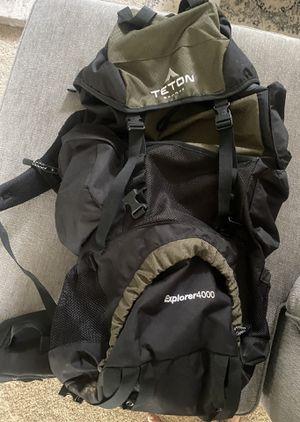 Teton sports 4000 Internal frame 65L backpack for Sale in Gig Harbor, WA