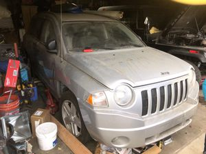 2007 Jeep Liberty >~PARTING OUT~< for Sale in Los Angeles, CA