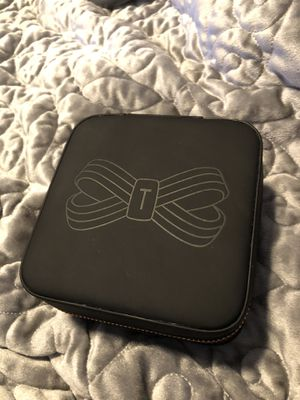 Travel Jewelry Case/ Ted Baker London for Sale in Lanham, MD