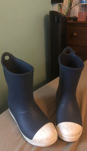 Crocs Rain boots size 1 in kids for Sale in West Covina, CA