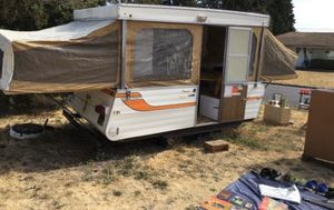 Pop up camper 1978 Starcraft for Sale in Roseville, MI