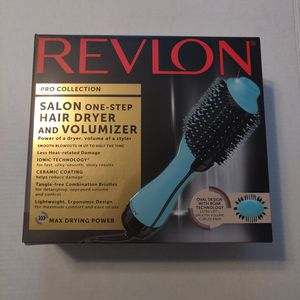 Revlon One-Step Hair Dryer & Volumizer Hot Air Brush, Mint for Sale in Las Vegas, NV