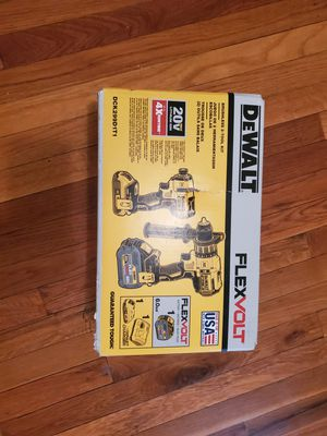 Dewalt Flexvolt hammer drill and impact for Sale in Florissant, MO