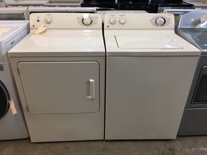 Ge beige washer and dryer set for Sale in Pompano Beach, FL