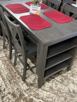 Gray Dining Table Set for Sale in Commerce,  CA