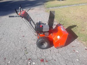 10hp snow blower for Sale in East Hartford, CT