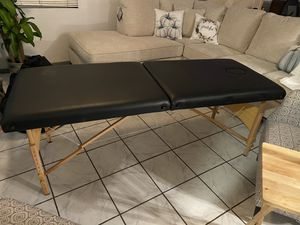 Massage table for Sale in Rancho Dominguez, CA