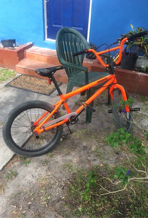 Bmx bike will trade for blocks flyer or so calf flyer of iPhone XR for Sale in North Miami, FL