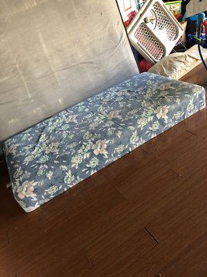 Twin bed for Sale in Newark, CA