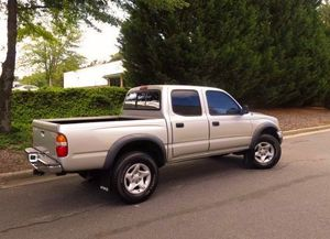 Toyota Tacoma 2OO3 for Sale in Washington, DC