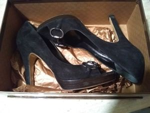 BEAUTIFUL DESIGNER GUCCI SUEDE HEELS SIZE 38 EUR/US 8 . Paid $550 selling for $200 FIRM CASH ONLY. ALL shoes come in ORIGINAL boxes👠💃 for Sale in Las Vegas, NV