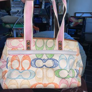COACH Scribble Tote Handbag for Sale in Chesapeake, VA