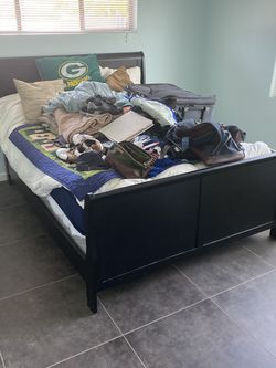 Queen Bed for Sale in Oceanside,  CA