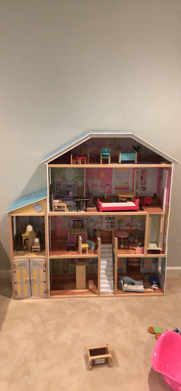 Kids Kraft Grandview Mansion Dollhouse
