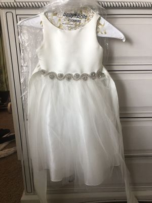 Size 2/4 flower Girl dress or formal dress for Sale in Quail Valley, CA