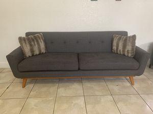 Sofá gray for Sale in Miami, FL
