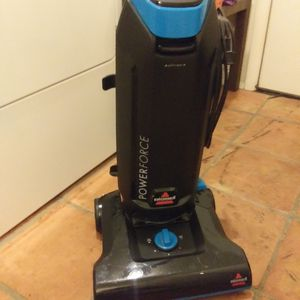 Bissell vacuum cleaner for Sale in Tempe, AZ