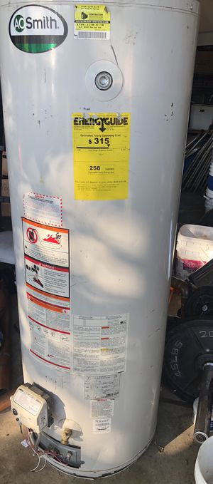 Gas water heater for Sale in Vancouver, WA