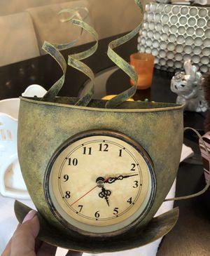 Kitchen clock for Sale in Pembroke Pines, FL