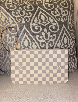 Louis Vuitton Damier Azur neverfull pouch/ wristlet for Sale in Murrieta, CA