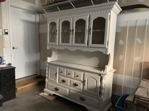 Gorgeous White Hutch/Cabinet for Sale in Frederick, MD