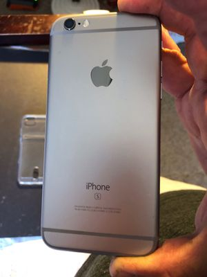 Like new condition iPhone 6s 32gb unlocked already no issues at all. for Sale in Santa Ana, CA