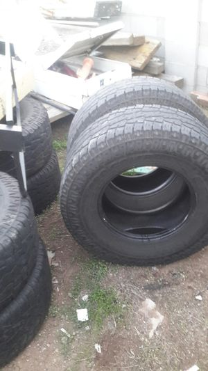 6 tires 315/70/17 for Sale in Phoenix, AZ