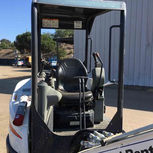 2015 Bobcat E26 Mini Ex for Sale in Downey, CA