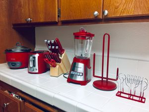 Sale !! Aroma Rice Cooker + Black & Decker Toaster + Knives Sets + Hamilton Beach Blender + Paper & Napkin holder @ $80 for Sale in Stanton, CA